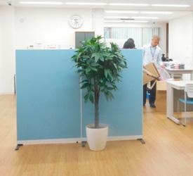 くすのき分室 玄関~作業スペース